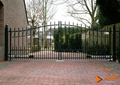 grote poort voor een tuin